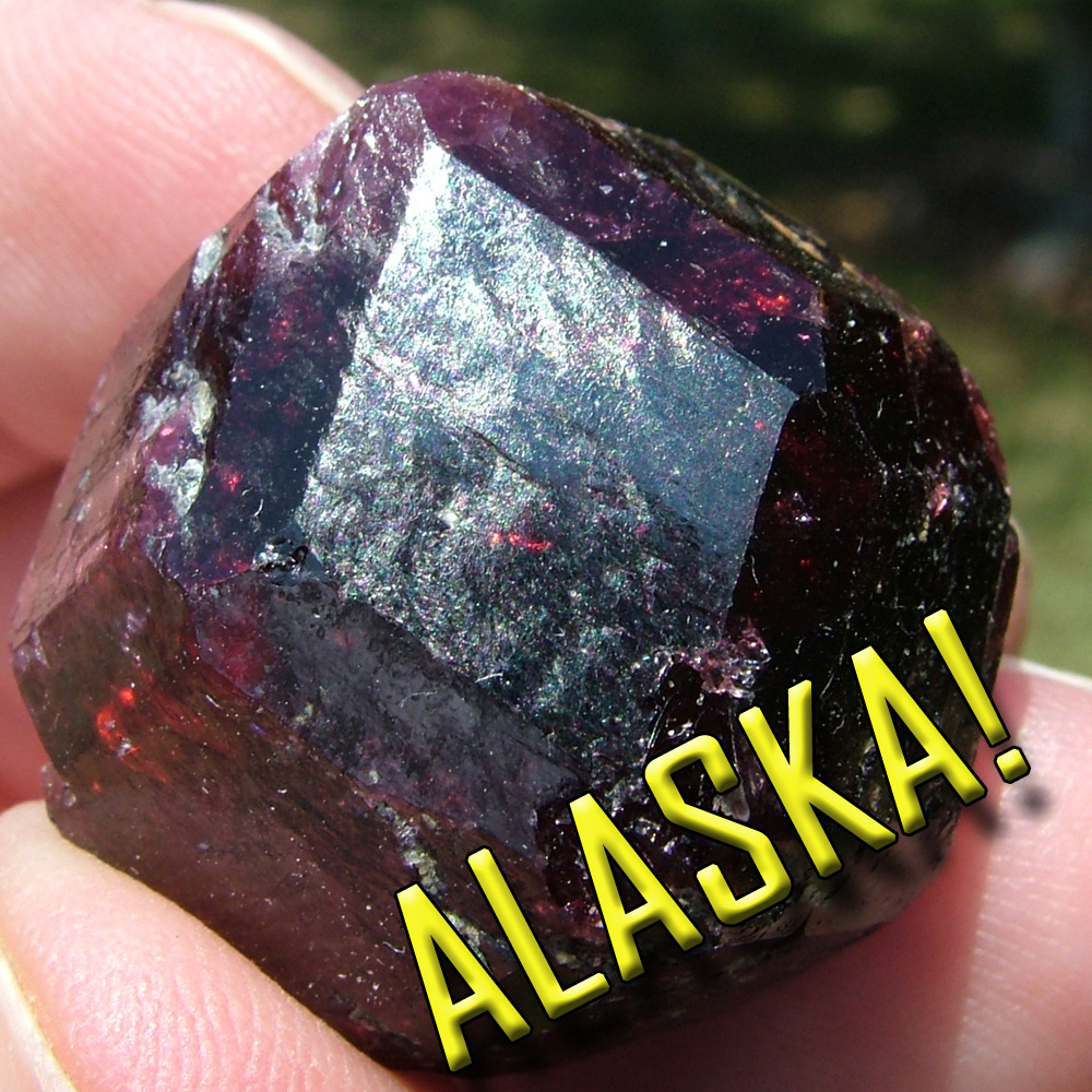 Alaska Garnet And Epidote Photos